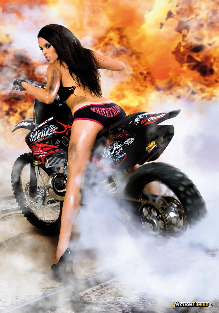Sexy Wallpaper Sexy Action Girls-5629