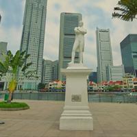 Raffles Landing Site merupakan sebuah kawasan di Singapore dimana terdapat replika patung Raffles di dalamnya.