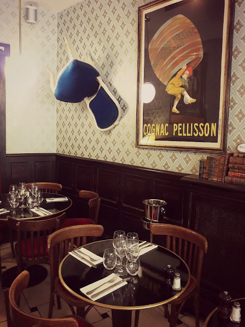Restaurant Colonel Moustache Paris Tour Maubourg Bonne adresse