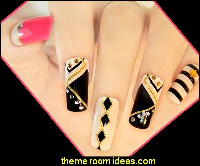 black gold nail design ideas-black gold glitter nail design ideas