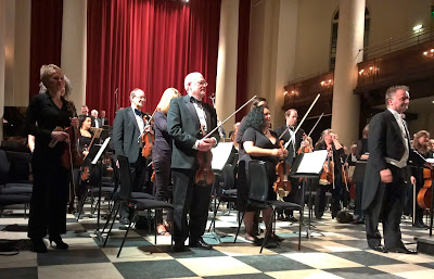 Robin O'Neill and the Salomon Orchestra at St John's Smith Square