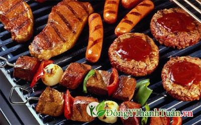 Ăn thức ăn nhiều dầu mỡ là nguyên nhân gây nên bệnh nóng gan