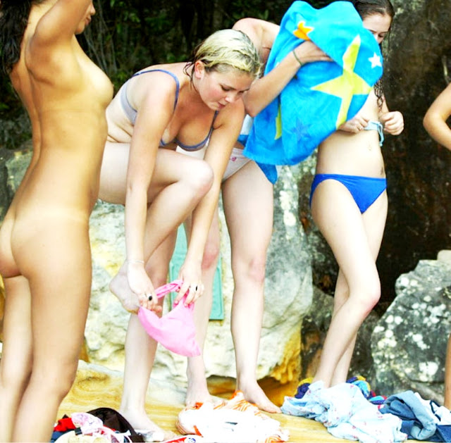 Эротика моделей на природе www.eroticaxxx.ru эротические фото (18+)