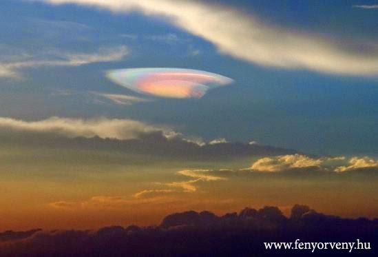 """""""UFO felhőt"""" fényképeztek Kínában"""