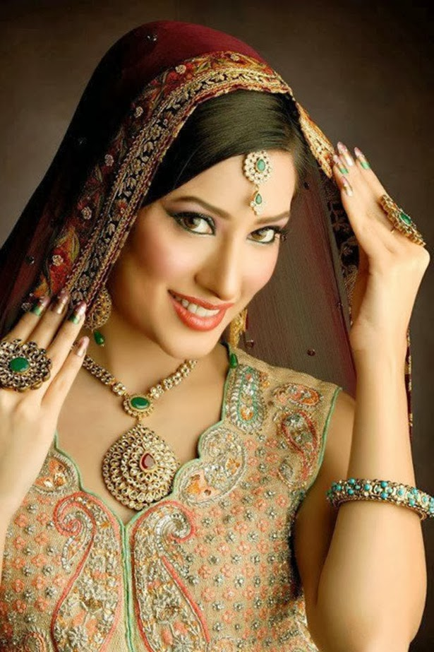 http://www.funmag.org/pictures-mag/pakistani-celebrities/beautiful-mehwish-hayat-new-photos/