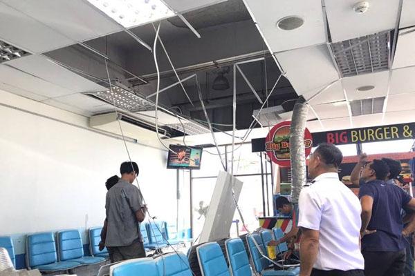 Место падения конструкции навесного потолка