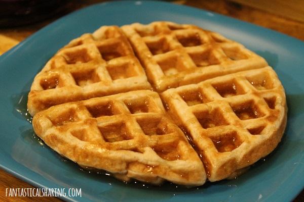 Sourdough Waffles #recipe #breakfast #waffles #sourdough