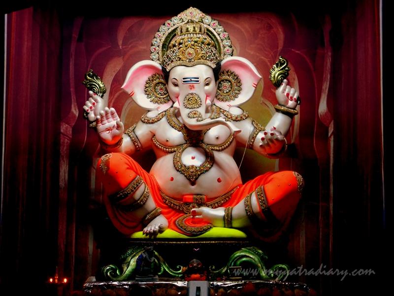 Ganesha as Vithoba, Ganesh Chaturthi Pandal Hopping, Mumbai