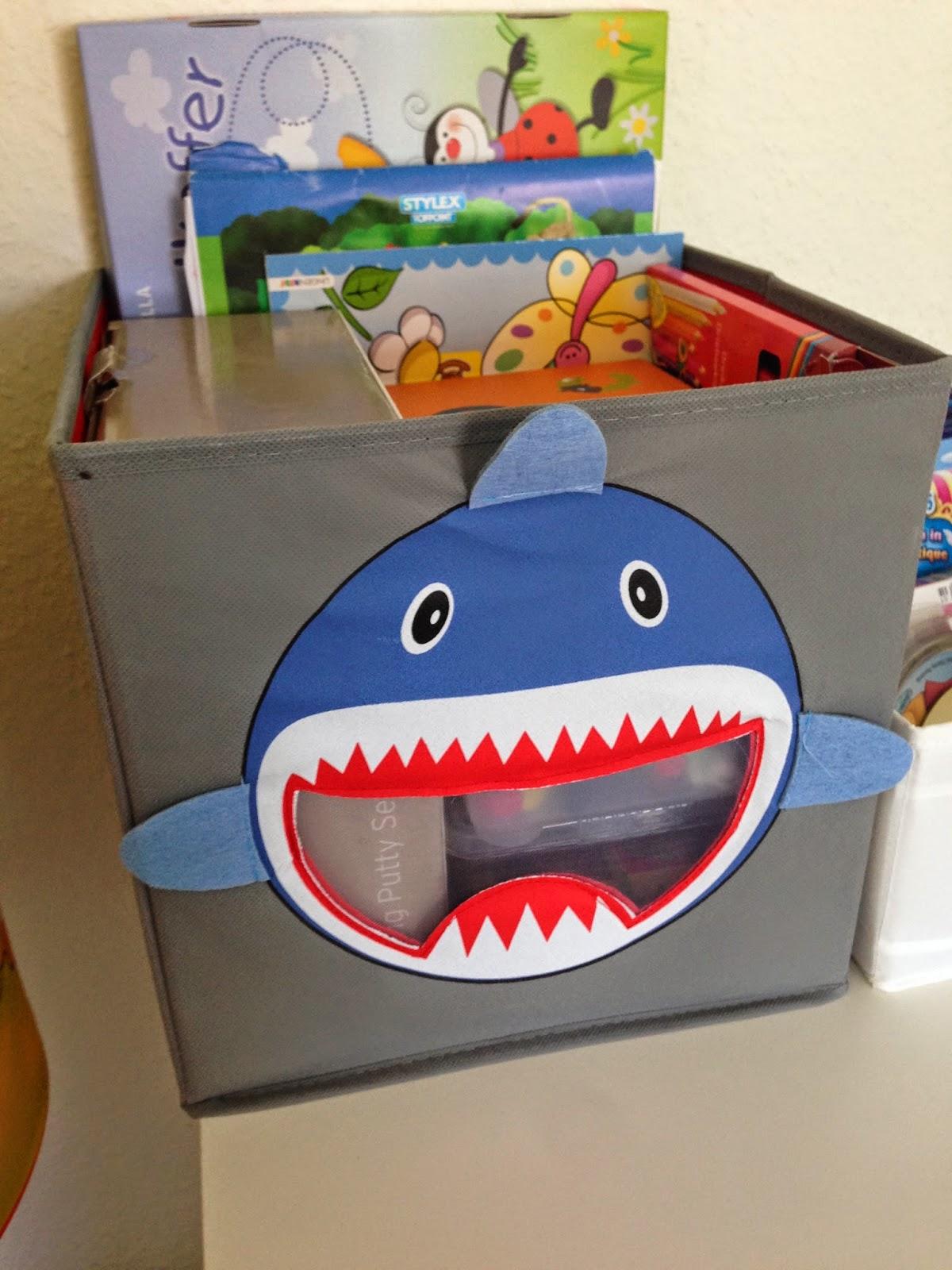 Kiste für Bastel- und Malsachen von Depot.