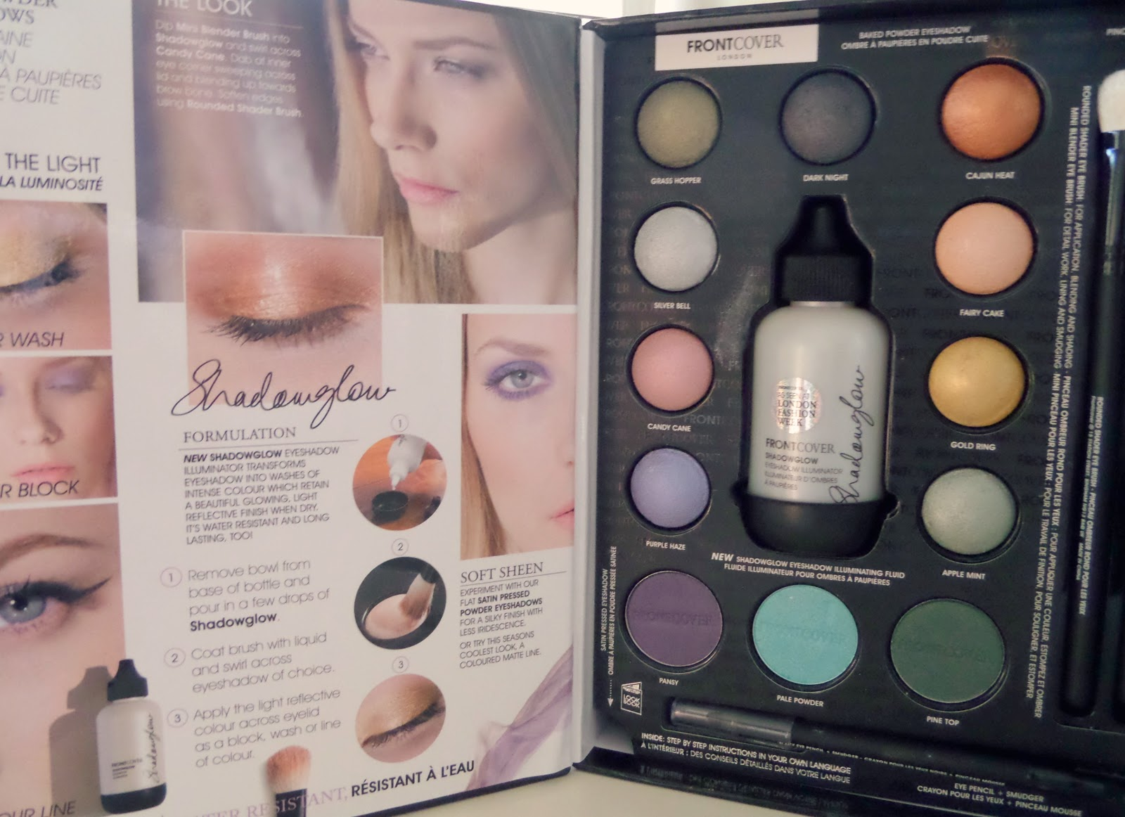Front Cover Eye Colour Revolution Inside Makeup Set
