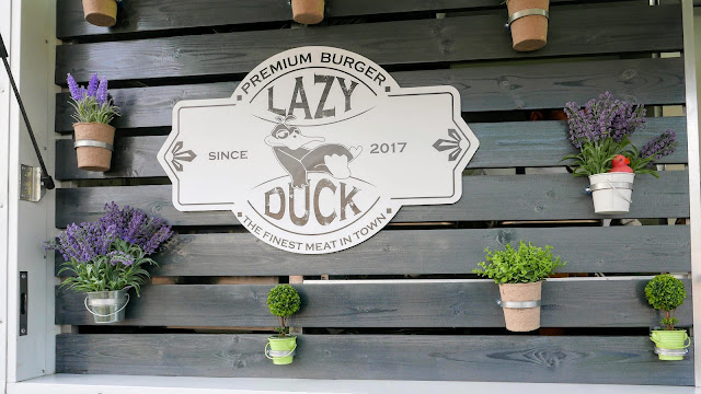 Lazy Duck Food truck