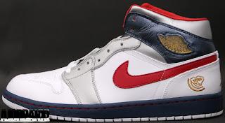 online retailer 96c97 de508 Air Jordan 1 Retro (09 13 2008) 136085-161 White Varsity Red-Metallic  Gold-Midnight Navy