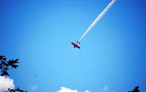 Akrobatik Udara Menakjubkan