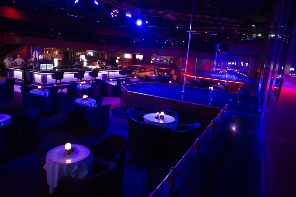 Owner of nude dance club ready to sue Nebraska over new