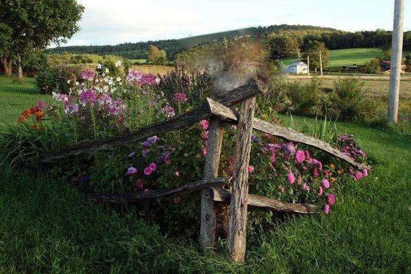 Two Men and a Little Farm: SPLIT RAIL FENCE FLOWERBED ... on Split Garden Ideas id=83694
