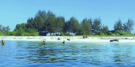 Pulau Kodingareng pulau kodingareng lompo pulau kodingareng sulawesi selatan pulau kodingareng di makassar letak pulau kodingareng keke