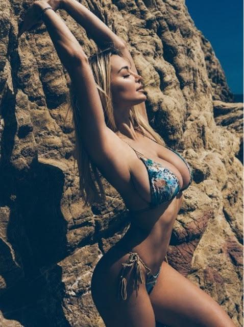 Hot girls Lindsey sexy Playboy model 5.2 feet 8