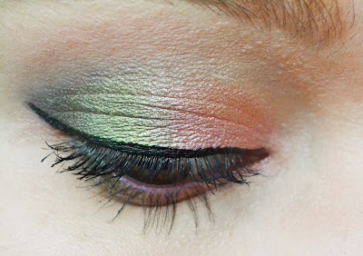 flower eyeshadow look