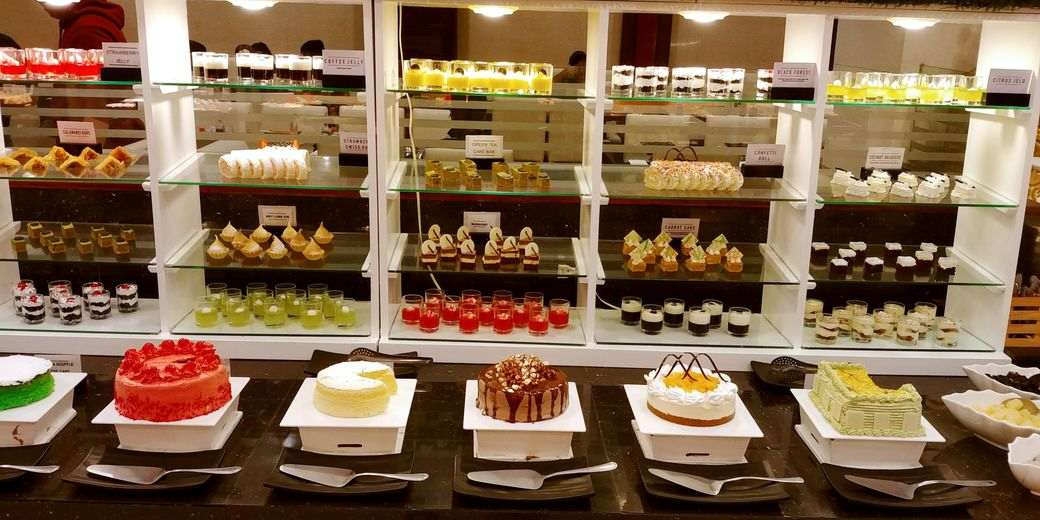 Sambo Kojin dessert station