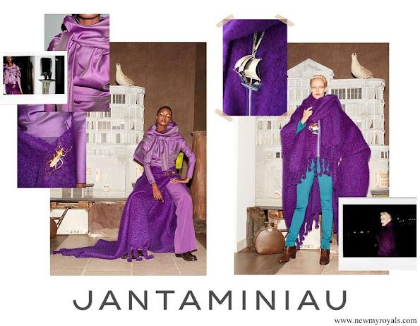 Jan Taminiau brooches. The jewellery, Beetle brooch by Jan Taminiau