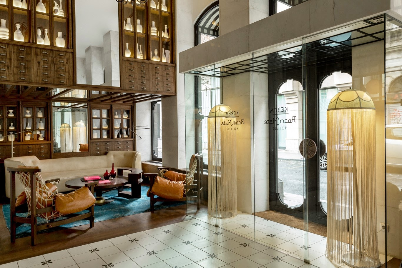 Room Mate kerem hotel in istanbul designed by Lazaro Rosa Violan via belle vivir blog