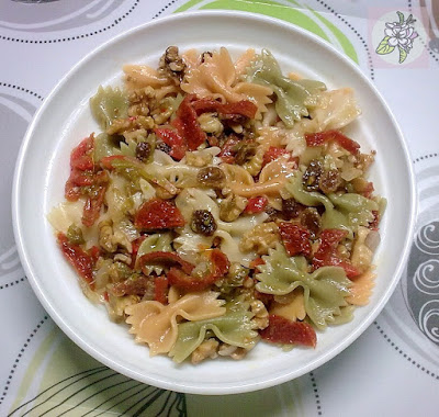 Pasta Tricolor con Frutos Secos