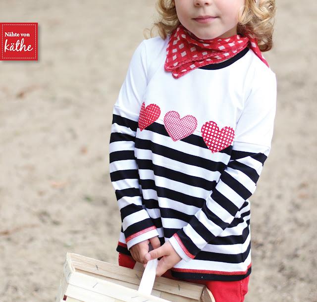 Freebook Kinderhose Severin von Muckelie und Shirt Mieze von Rosarosa