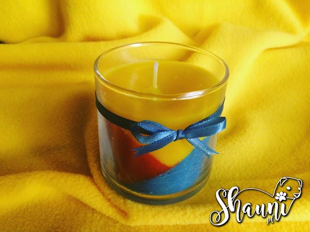 Kolorowe świeczki zapachowe