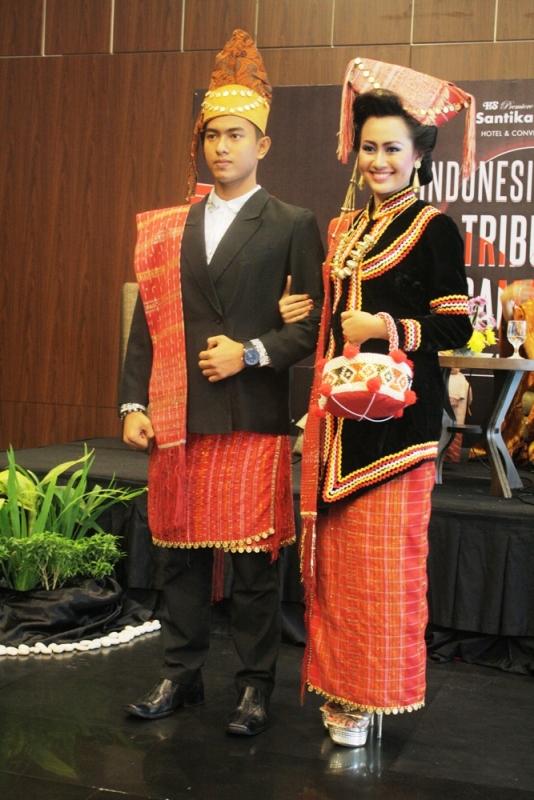 Destination: Sumatera: Baju Tradisional Sumatera