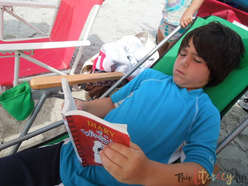 Most Comfortable Spots To Make Summer Reading Fun This