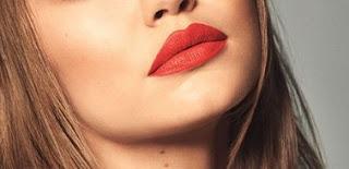 Lipstik Jingga