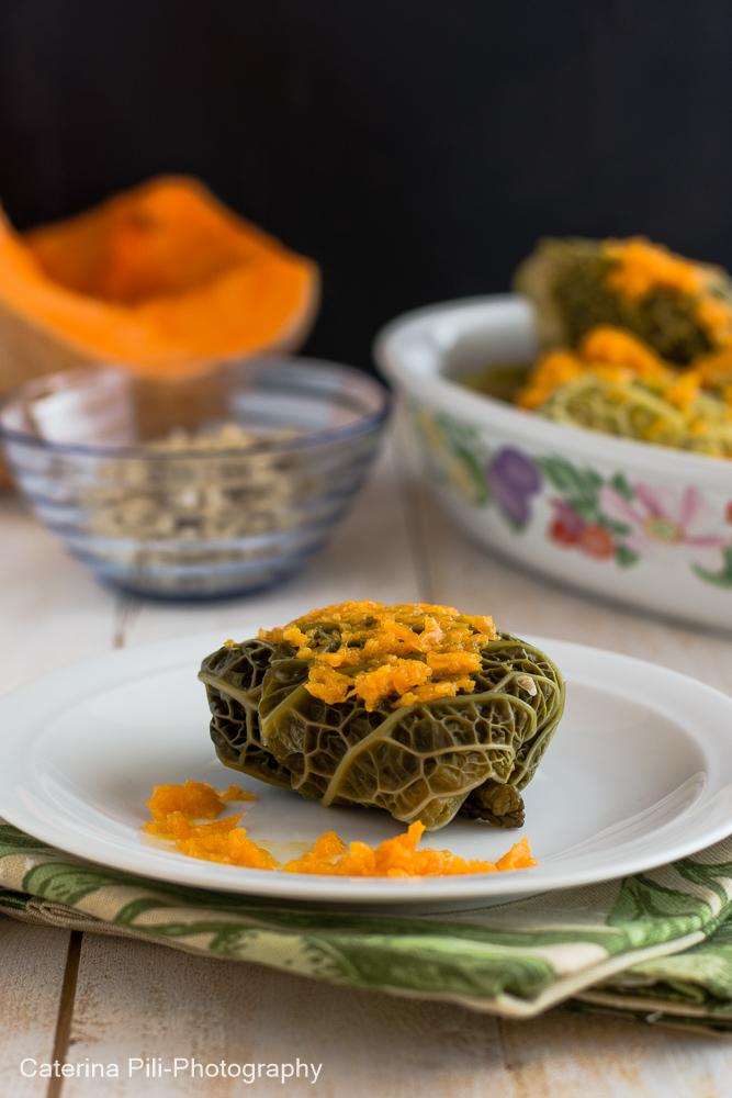 Involtini di verza con riso integrale su letto di zucca | ricetta Varoma