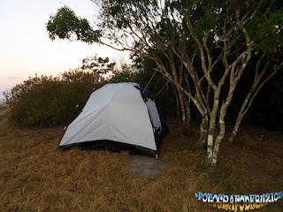 Lista de 10 locais públicos para acampar em Búzios.
