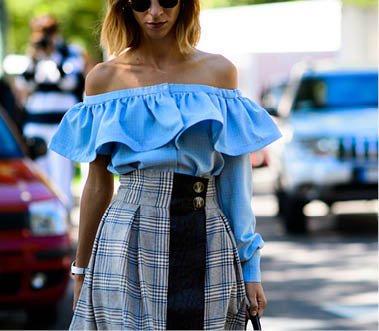 off the shoulder tendenze primavera estate 2016 ss trend ss2016 spring summer 2016 trend come abbinare un top off the shoulder abbinamenti abiti off the shoulder how to wear off the shoulder top how to wear off the shoulder dresses mariafelicia magno street style fashion blogger italiane fashion blog italiani blog di moda blogger italiane