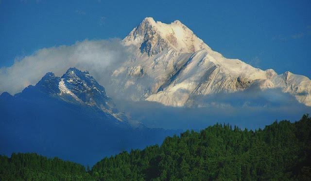 Kangchenjunga monuntain