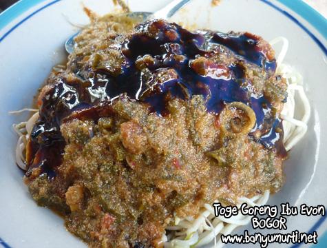 wisata kuliner khas bogor - toge goreng ibu evon