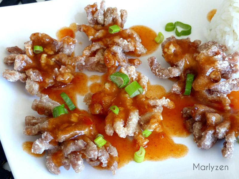 """Porc """"chrysanthème"""" à la sauce aigre-douce"""