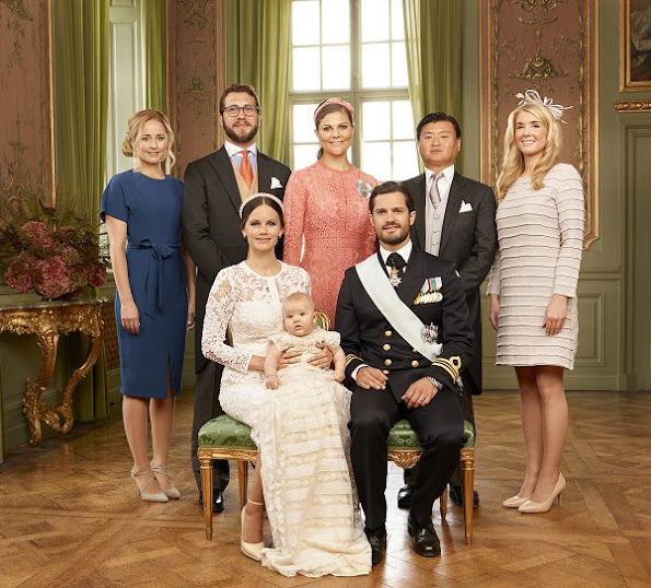 the godparents: Victor Magnuson, Cajsa Larsson, Lina Frejd, Jan-Åke Hansson and  Crown Princess Victoria
