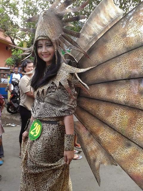 Foto Karnaval Cewek Cantik Batang