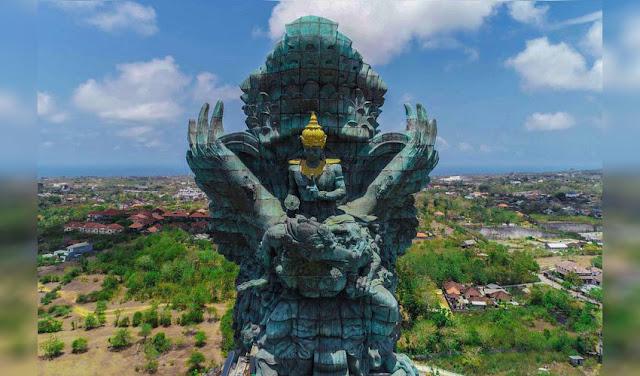 Patung Garuda Wisnu Kencana Bali