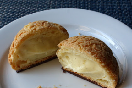 "Cream Puff ""Crack Buns""(Choux au Craquelin) – Chef John Goes Hollywood"
