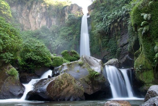 Coban Rondo, terkenalnya terdengar di seluruh penjuru negeri.