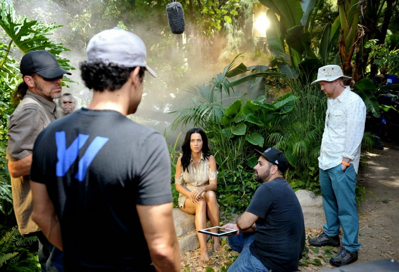 Katy Perry – Behind The Scenes