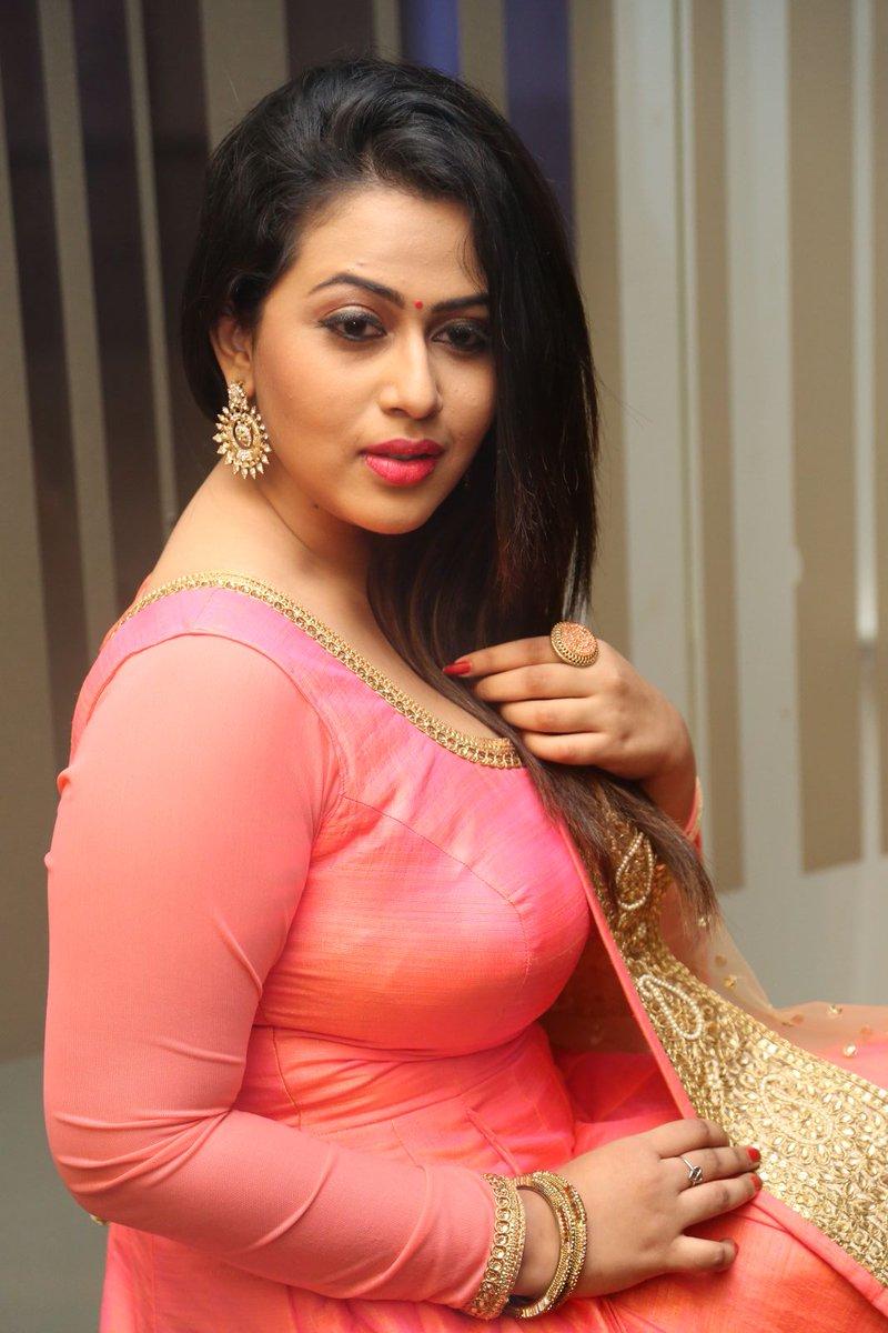 Actress DianaChampika Latest HD Images