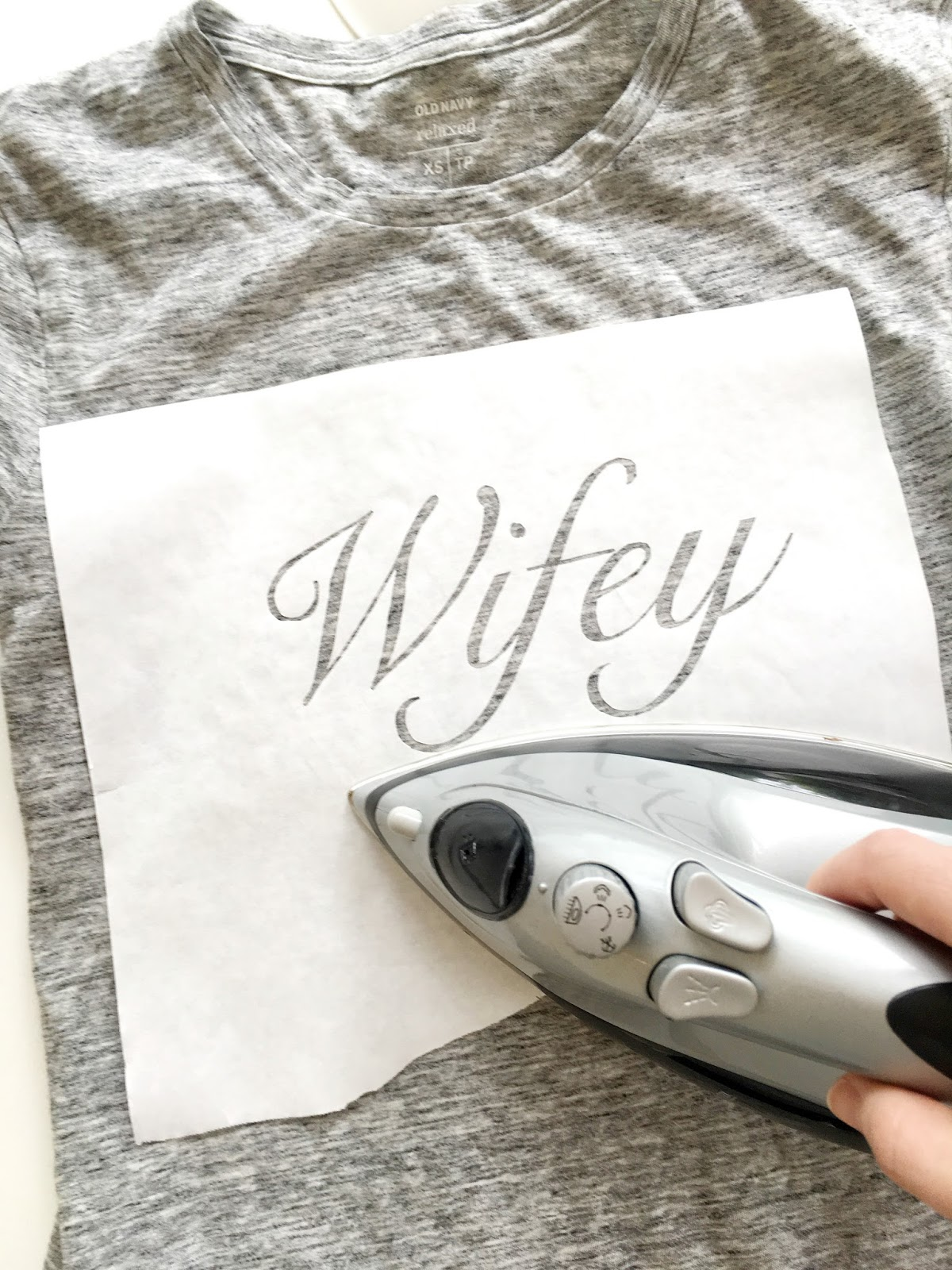 Do it yourself divas diy wifey and hubby t shirts for wedding diy wifey and hubby t shirts for wedding honeymoon or anniversary solutioingenieria Image collections