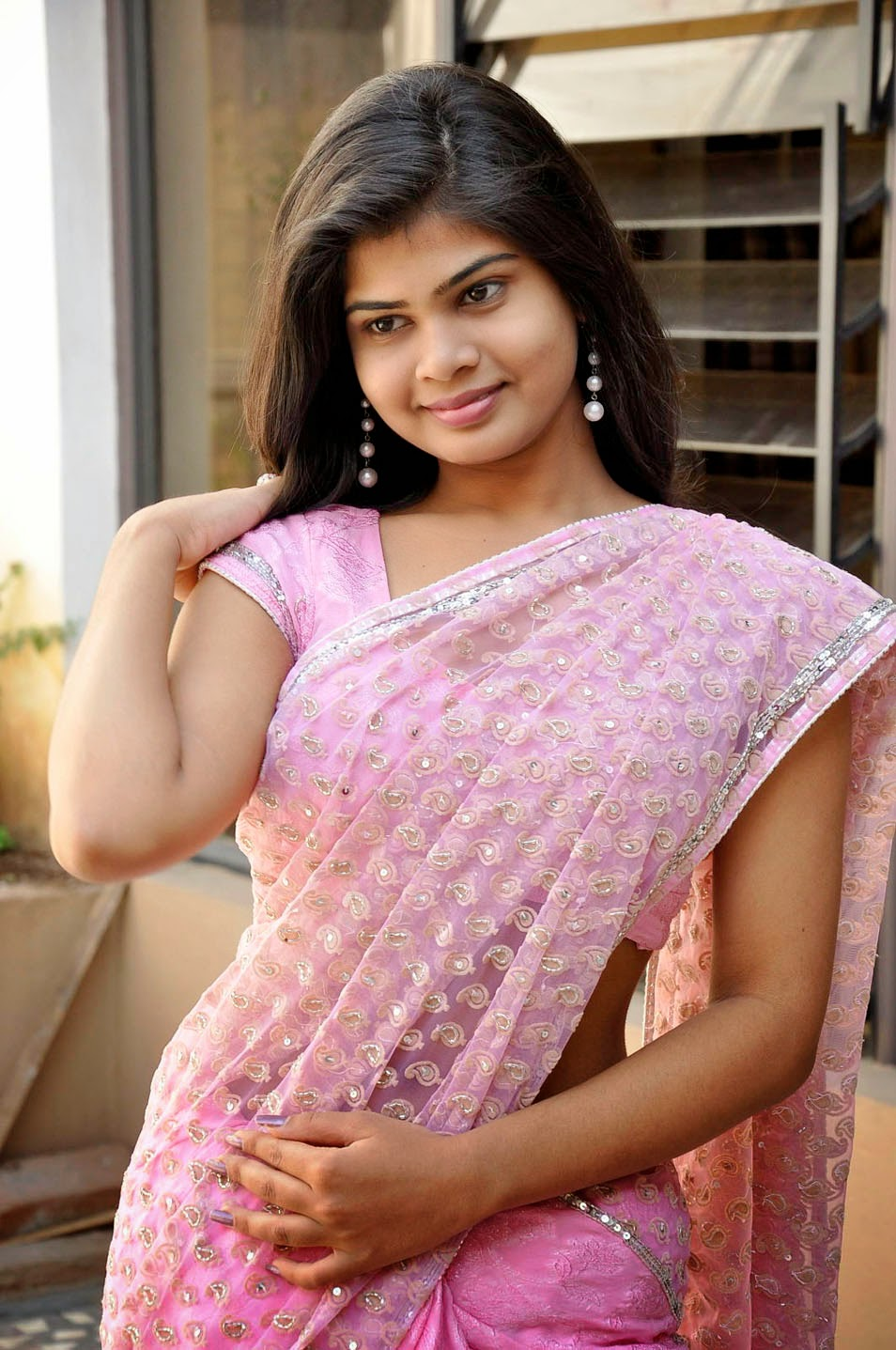 desi saree drop