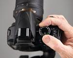 Menggunakan kamera DSLR