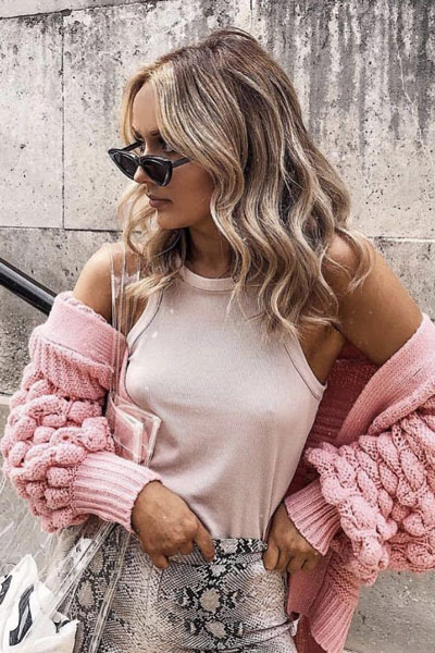 20+ Top Fall Outfits To Add To Your Wardrobe | Knit Cardigan in Light Pink
