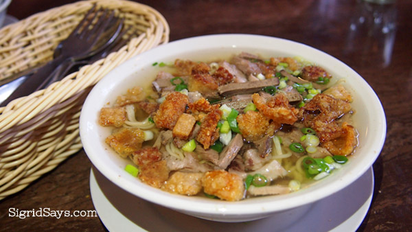 El Ideal Batchoy - El Ideal - El Ideal Bakery - Bacolod pasalubong - Silay City - Negros Occidental - Bacolod blogger