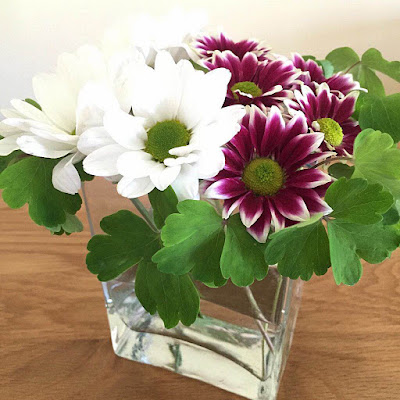 flower arrangement glass square vase